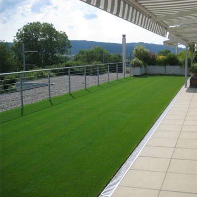 graden-with-lesuire-grass