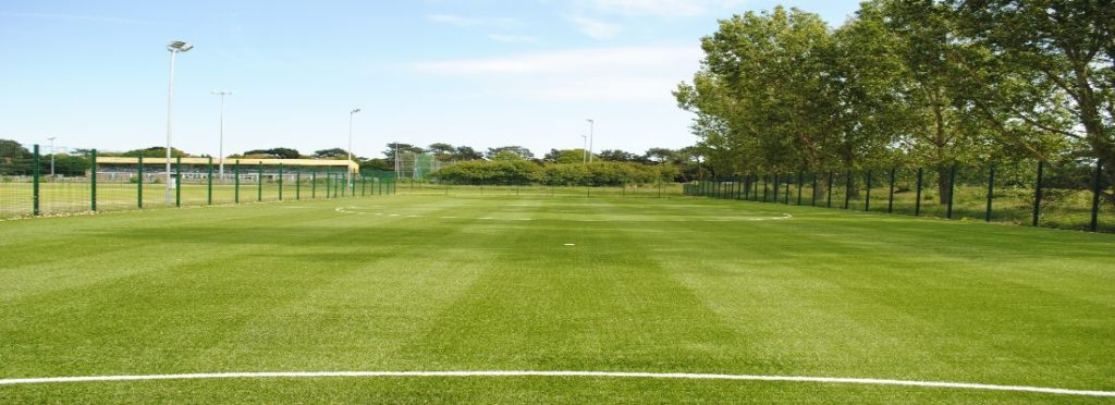 Billions of Rubber Balls in Fake Grass – 3g, 4g, 5g, 6g Pitches?