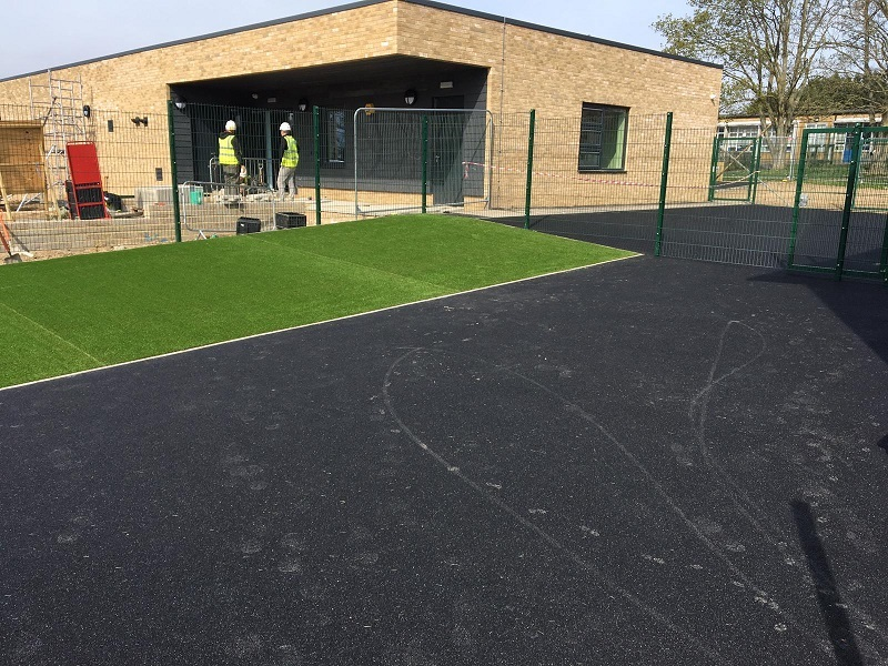 Wetpour and Artificial Turf Harlow