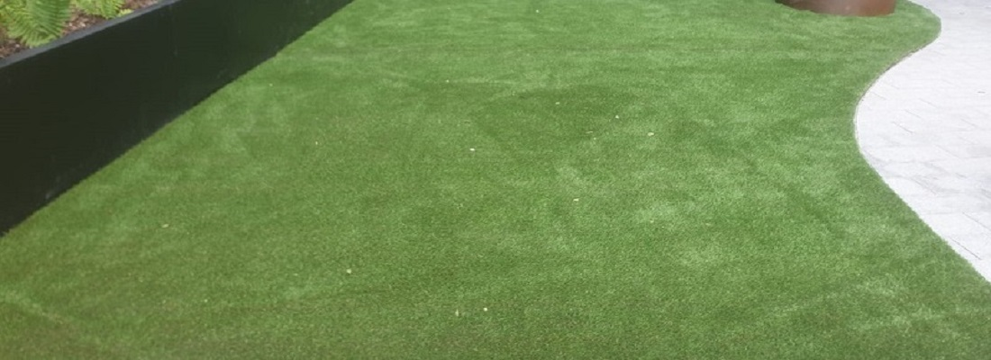 Artificial Grass Surfacing in Manchester