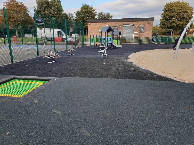 Wetpour Play Area With Green Fleck Swansea